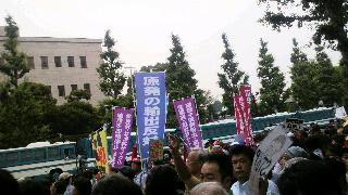 今日も来ました。国会包囲デモ